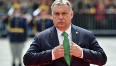 Ungarns Ministerpräsident Viktor Orban (Bild: APA/AFP/Daniel MIHAILESCU)