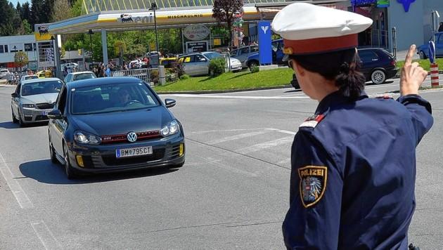 Die Polizei steht dieses Wochenende im GTI-Einsatz. (Bild: Hermann Sobe)