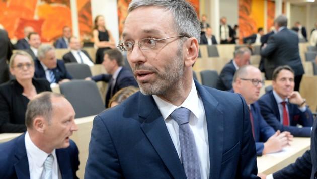 Herbert Kickl (FPÖ) (Bild: APA/ROLAND SCHLAGER)