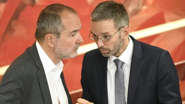 SPÖ-Bundesgeschäftsführer Thomas Drozda und der Freiheitliche Generalsekretär Herbert Kickl (Bild: APA/ROBERT J€GER)