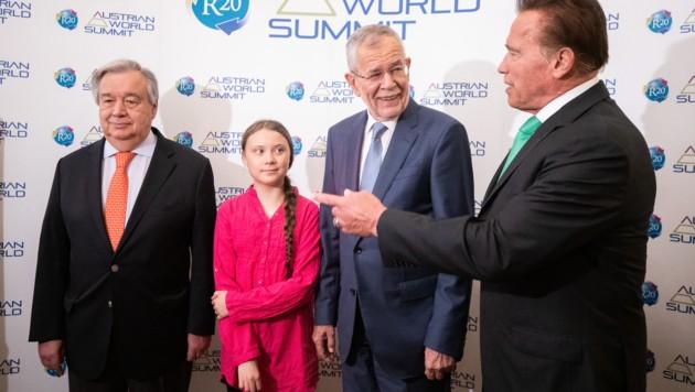 UNO-Generalsekretär Antonio Guterres, die 16-jährige schwedische Klimaaktivistin Greta Thunberg, Bundespräsident Alexander Van der Bellen und Arnold Schwarzenegger (Bild: APA/GEORG HOCHMUTH)