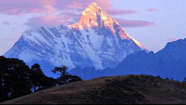 Die Nanda-Devi-Westwand (Bild: Wikimedia Commons)