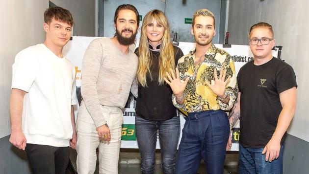 Heidi Klum mit ihrem Verlobten Tom Kaulitz und Tokio Hotel im Wiener Gasometer (Bild: APA/JOHANNES EHN)