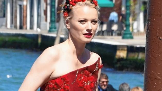 Lady in Red: Topmodel Knuppe (Bild: www.pps.at)