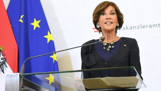 Bundeskanzlerin Brigitte Bierlein (Bild: APA/HELMUT FOHRINGER)