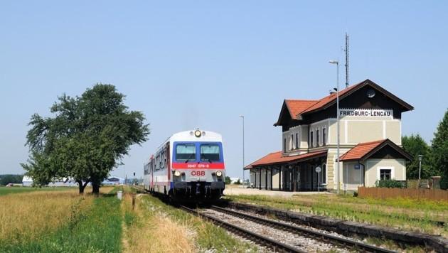 Der Bahnhof Friedburg-Lengau ist nur 3,5 Kilometer vom Knotenpunkt Steindorf entfernt. (Bild: Honorar)