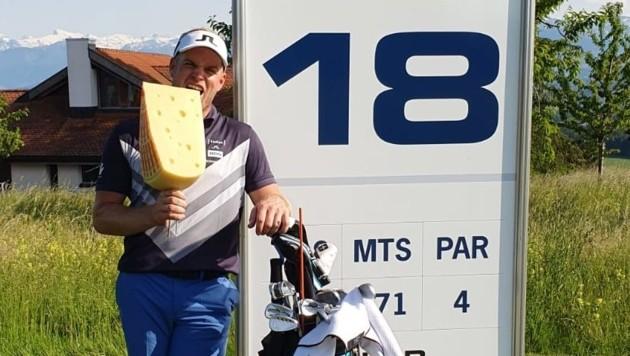 Der Radstädter Golfprofi Bernard Neumayer ist (erfolgs)hungrig und will sich am Semperachersee (Sz) seine Gegner vernaschen. (Bild: Bernard Neumayer)