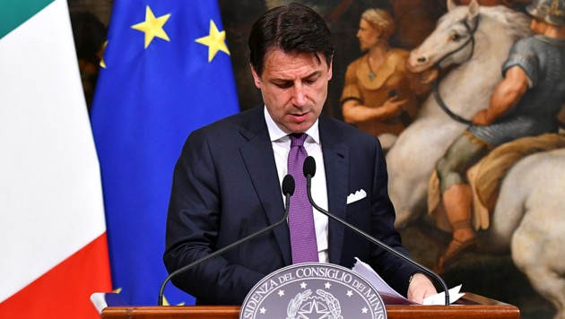 Schwere Zeiten für Italiens Premier Giuseppe Conte (Bild: AFP )