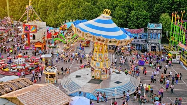 Jedes Jahr rund um Pfingsten lädt die Dult zum Volksfest (Bild: Messezentrum Salzburg/WildBild)