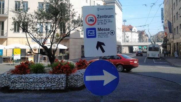 Auf dem Max-Ott-Platz konnte einer der beiden Raser gestoppt werden (Symbolbild). (Bild: Sandra Leis)