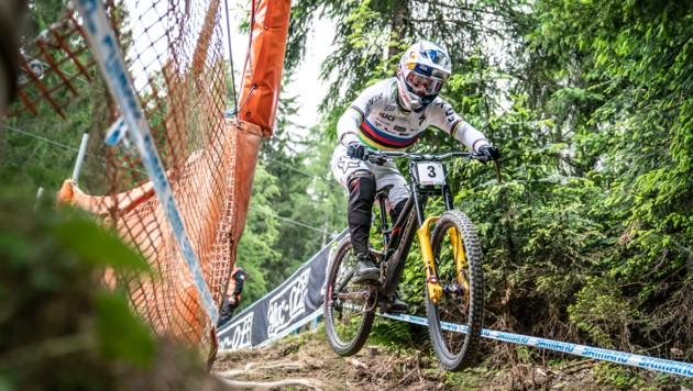 Der dreifache Weltmeister Loic Bruni triumphierte erstmals in Leogang. (Bild: Stefan Voitl)