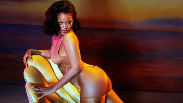 Rihanna posiert in Unterwäsche ihrer Marke Savage x Fenty (Bild: www.PPS.at)