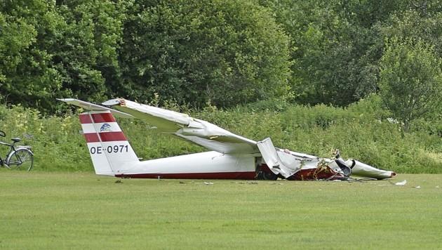 Dieses Segelflugzeug Marke Pilatus stürzte am 23. Juni am Flugplatz ab, der Pilot starb. (Bild: Holitzky Roland)