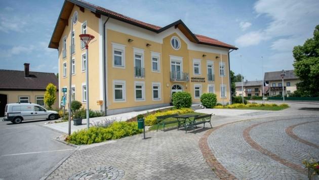 Stefan Fuchs leitet noch die Geschicke der Gemeinde Schalchen. (Bild: Scharinger Daniel)