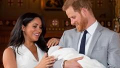 Herzogin Meghan und Prinz Harry mit Baby Archie (Bild: AFP)