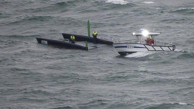 Während der Regatta Bol d'Or am Genfer See kenterte ein Boot. Das Event ist die größte Segelwettfahrt Europas. (Bild: AFP )
