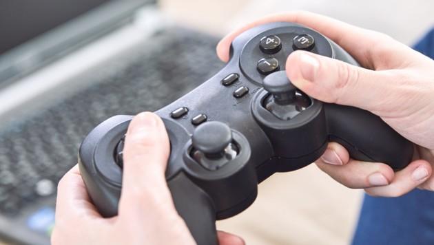 Die bestellte und bezahlte Spielkonsole wurde nie geliefert (Symbolbild). (Bild: ©fox17 - stock.adobe.com)