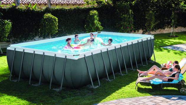 Seit vier Jahren stellt Steinbach auch selbst Schwimmbäder her. (Bild: Steinbach)