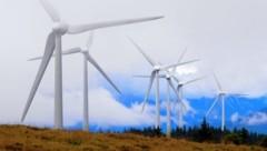 Mehr als 100 Windräder stehen in der Steiermark. Um mehr grünen Strom zu produzieren, ist ein deutlicher Ausbau in den nächsten Jahren geplant. (Bild: ÖBF/Wolfgang Simlinger)