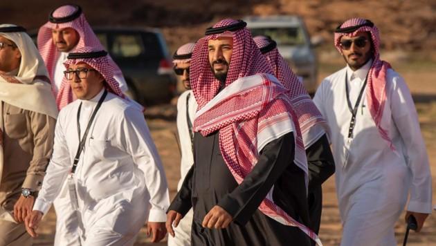 Der saudische Kronprinz Mohammed bin Salman (Mitte) (Bild: AFP)