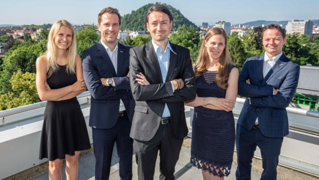 Das Team der neuen steirischen Standortanwaltschaft (v.l): Birgit Feichtner, Johannes Absenger, Ewald Verhounig (Leiter), Simone Harder und Robert Steinegger. (Bild: Foto Fischer)