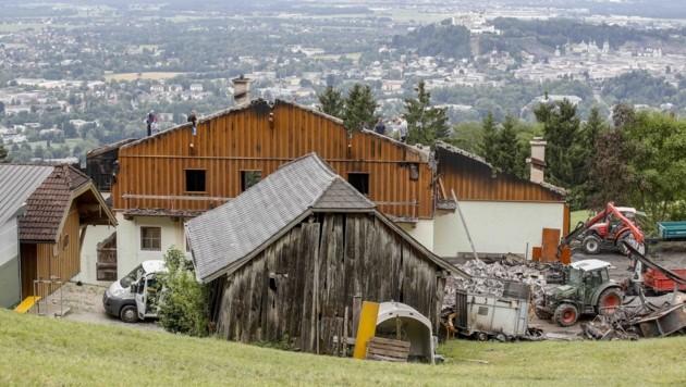 """Beim """"Franzen-Bauern"""" am Gaisberg 26 schlug der Blitz vermutlich in der Milchkammer ein. (Bild: Tschepp Markus)"""