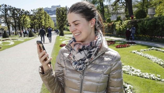 Viele nutzen digitale Kanäle zum Zeitvertreib oder auch zum Austausch mit ihren Freunden. (Bild: Tschepp Markus)