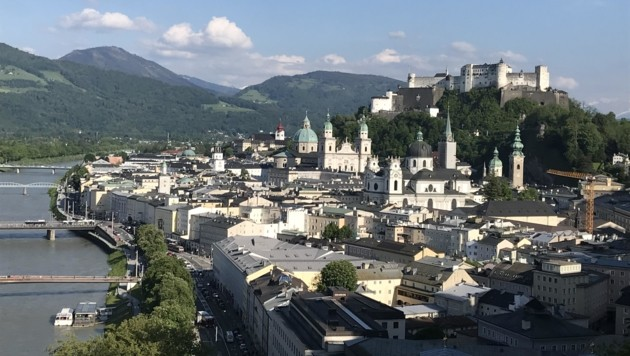 In der Stadt Salzburg liegt das Jahresgehalt im Schnitt bei 49.000 Euro. (Bild: Fürweger)
