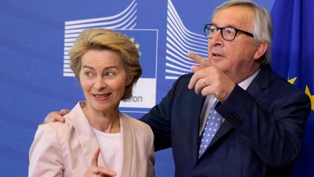 Ursula von der Leyen und Jean-Claude Juncker (Bild: AP)