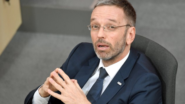 Ex-Innenminister Herbert Kickl (Bild: APA/Roland Schlager)