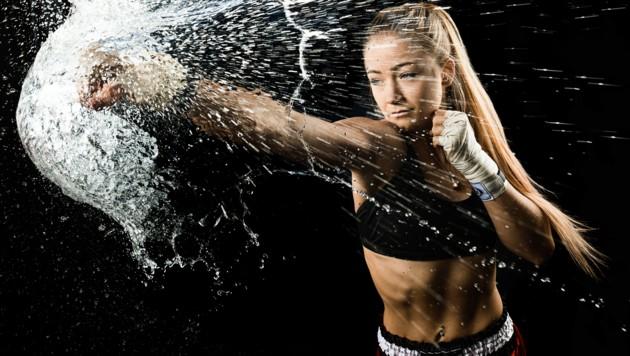 Muay Thai-Fighterin Stella Hemetsberger hat den nötigen Punch um bei der WM zuzuschlagen. (Bild: bergermarkus.com)