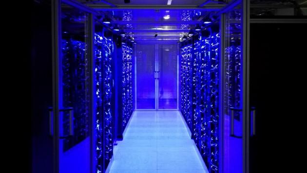 Der Vienna Scientific Cluster 4 (VSC-4) ist der leistungsfähigste Computer, der je in Österreich in Betrieb genommen wurde. (Bild: APA/EDV-Design IT/Alexander Gigl)