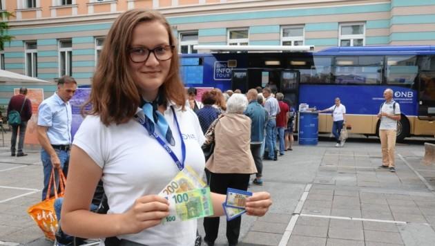 Auch heuer wieder war der Andrang zum Euro-Bus in der Steiermark groß. (Bild: Sepp Pail)