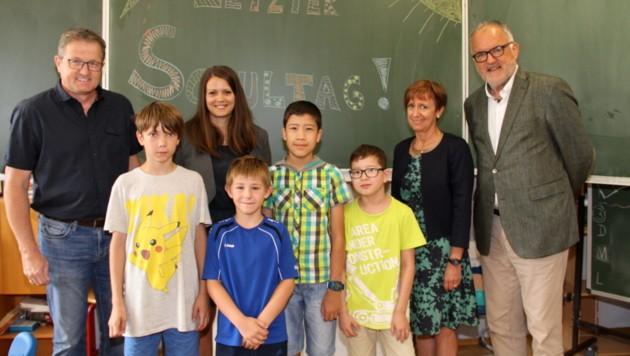 Endgültig Abschied nehmen: Nur noch vier Kinder wurden zuletzt in Steyeregg unterrichtet (Bild: Josef Fürbass)