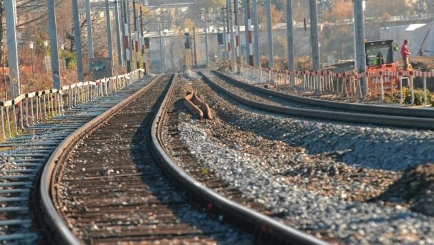 Ein Gleis muss gesperrt werden (Bild: Info-Z/Stadt Salzburg)