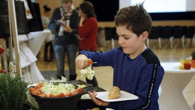 Als Vorbilder dienen Wien und Graz, wo Großküchen die Kindergärten und Schulen versorgen. (Bild: Votava)