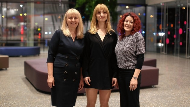 Sie stehen stellvertretend für alle, die drei Pflegerinnen mit Herz (Bild: Gerhard Bartel)