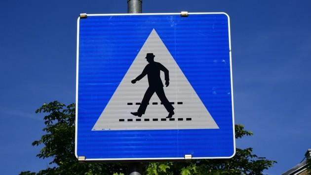 An einem Schutzweg ereignete sich der Unfall (Bild: P. Huber)