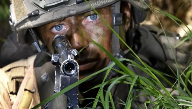 Im Kampfanzug strahlen die blauen Augen der Tirolerin bestens hervor. (Bild: Andreas Fischer)