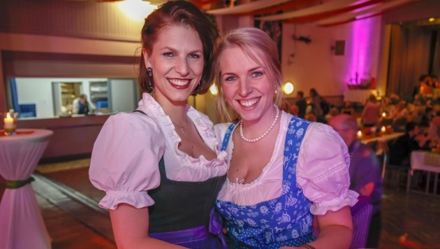 Politische Schwestern: Karoline und Theresa Edtstadler. (Bild: Tschepp Markus)