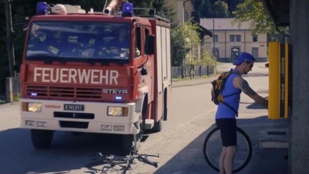 "Wenn in Möllbrücke ""da Huat brennt"", hat der Radler Pech. (Bild: FF Möllbrücke)"
