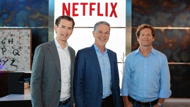 """Kurz und US-Botschafter Traina bei Netflix-Gründer Reed Hastings. Seine erste Frage: """"Haben Sie ein Abo?"""" (Bild: Neue Volkspartei/Jakob Glaser)"""