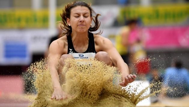 Union Salzburg-Athletin Ingeborg Grünwald sicherte sich mit einem Sprung auf 6,20 Meter den Staatsmeistertitel. (Bild: GEPA pictures)
