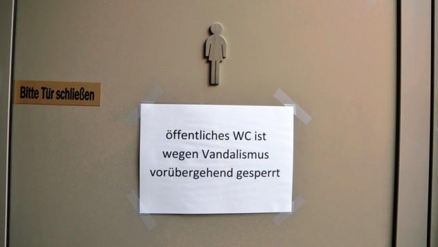 Das WC wurde nun gesperrt. (Bild: christian schulter)