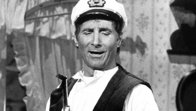 "Freddy Quinn als Seemann im Musical ""Große Freiheit Nr. 7"" in Hamburg. (Bild: APA/dpa/Cornelia_gus)"
