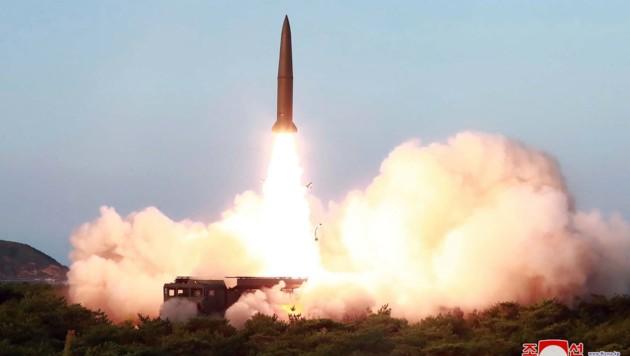 Nordkorea feuerte bereits am 25. Juli zwei Raketen ab. (Bild: KCNA via KNS)