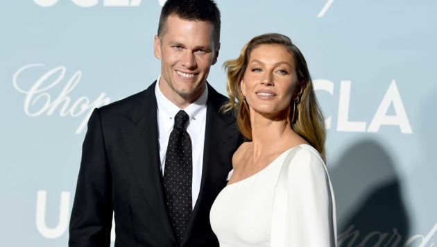 Tom Brady mit Ehefrau Gisele Bündchen (Bild: APA/AFP/GETTY IMAGES/KEVIN WINTER)