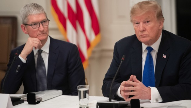 Apple-Chef Tim Cook, US-Präsident Donald Trump (Bild: AFP)