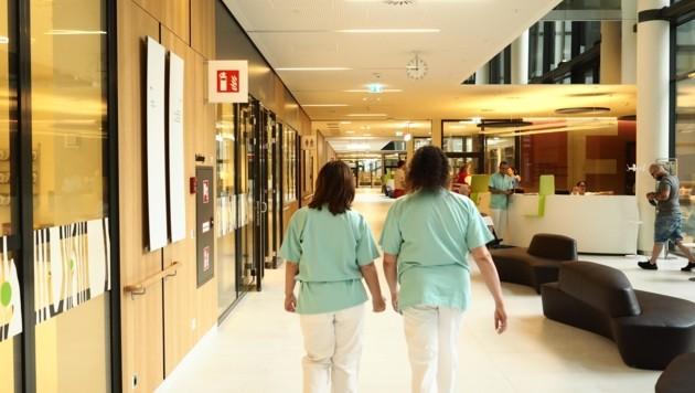 Lokalaugenschein: In der Wiener Klinik steckt Kärntner Architektur und Spitals-Know-how. Im September startet der Vollbetrieb.