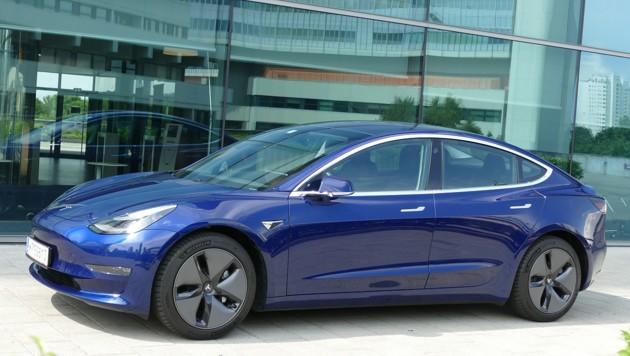 Das Model 3 ist derzeit Teslas erfolgreichstes Auto (Bild: Stephan Schätzl)